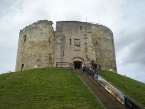 Cliffords-Tower-York-2
